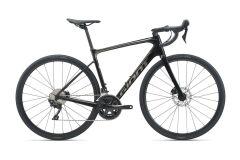Giant Defy Advanced 2 Endurance Bike 2021 | carbon smoke...